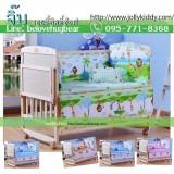 เตียงนอนเด็ก เตียงทำจากไม้สนนิวซีแลนด์ เบาะกันกระแทกลายมีให้เลือกได้ ปรับเป็นโต๊ะ ปรับเป็นเปลไกวได้